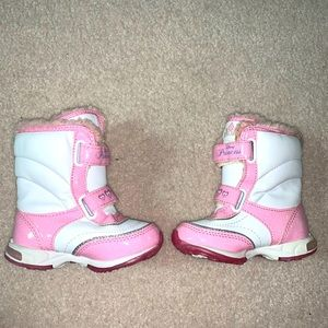 Princess boots pink and white